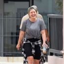 Hilary Duff – Out running errands in Studio City