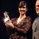 Paz Vega – Wins an award at 2018 Seville Film Festival in in Seville - 454 x 681