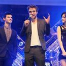 """Kristen Stewart, Robert Pattinson and Taylor Lautner present """"Twilight: New Moon"""" during the HVB youth event in Munich, Germany, November 14"""